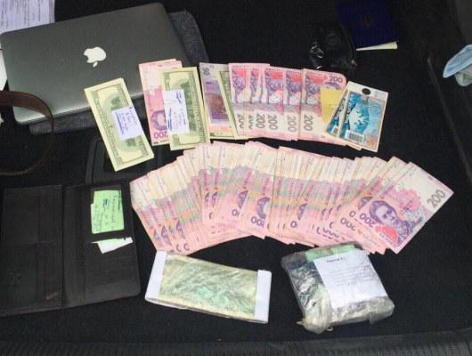 Председатель сельсовета наКиевщине добивался четверть млн. за«нужное» решение сессии